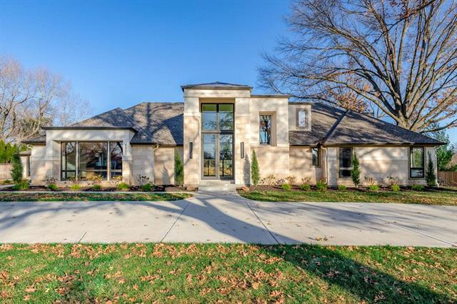 Photo of 8501 Roe Avenue, Prairie Village, KS 66207