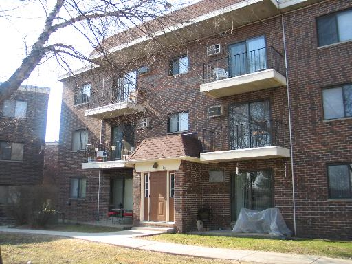 Photo of 950 N ROHLWING Road #101B, Addison, IL 60101