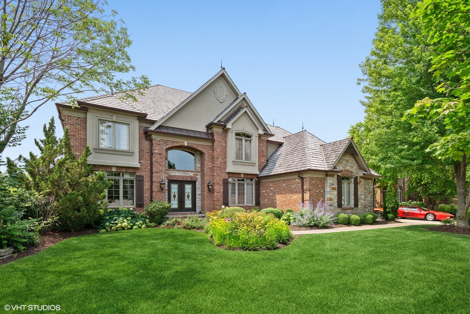 Photo of 742 Waters Edge Drive, South Elgin, IL 60177