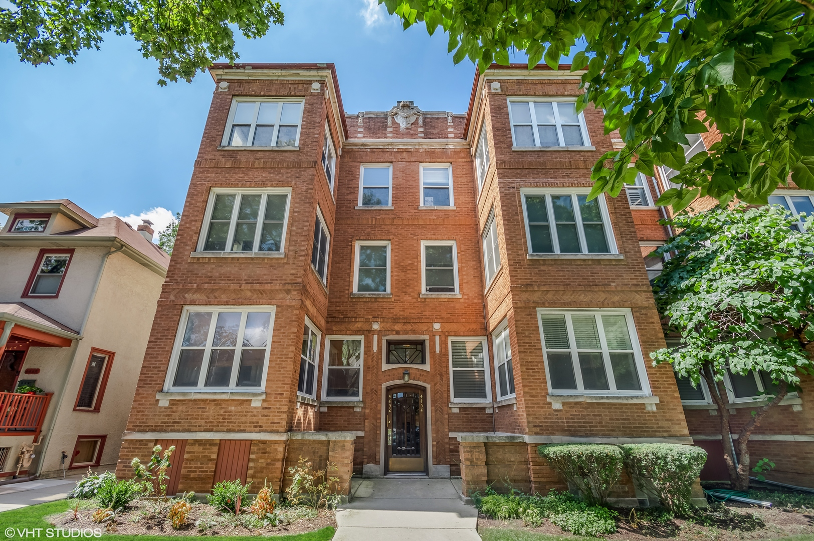 Photo of 4454 N WHIPPLE Street #1, Chicago, IL 60625
