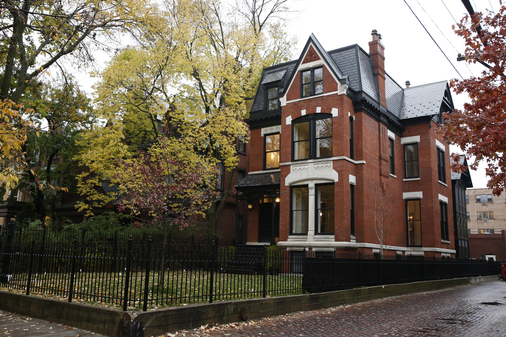 Photo of 522 W Deming Place, Chicago, IL 60614