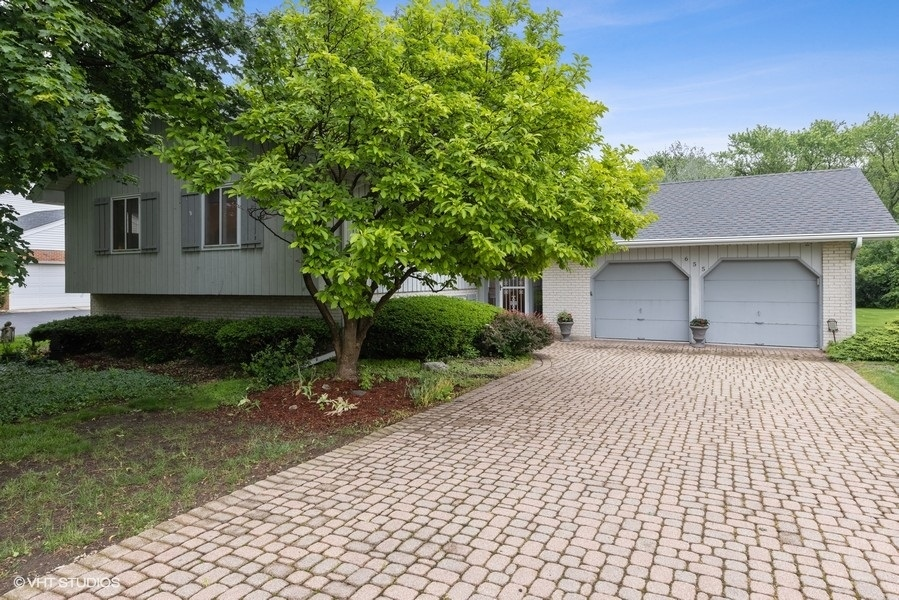 Photo of 4S655 Old Naperville Road, Naperville, IL 60563