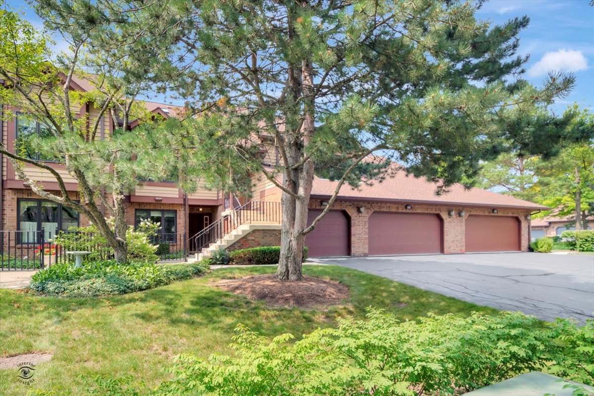 Photo of 1155 Mistwood Lane, Downers Grove, IL 60515
