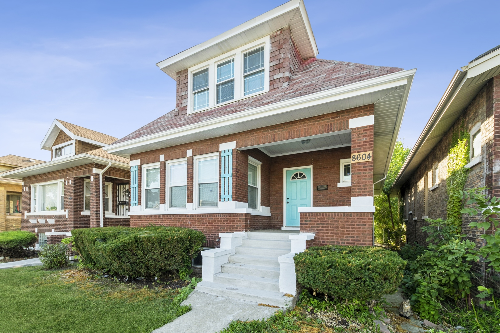 Photo of 8604 S Loomis Boulevard, Chicago, IL 60620