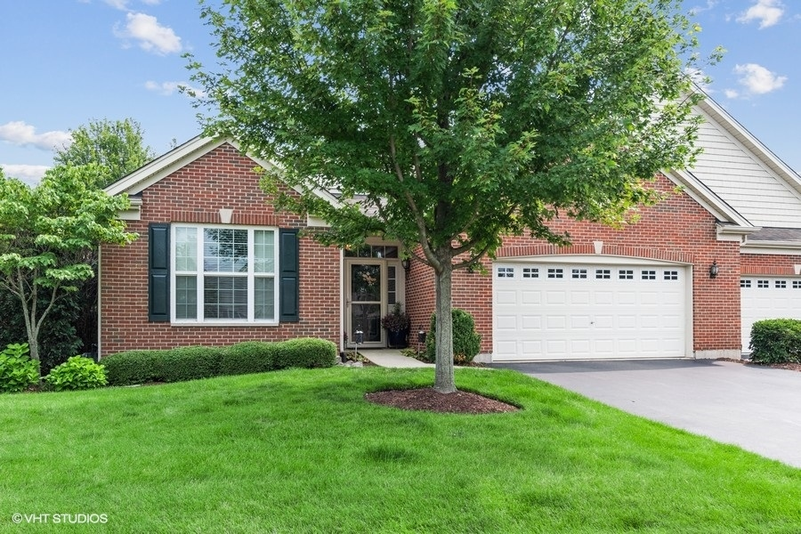 Photo of 1216 Betsy Ross Place, Bolingbrook, IL 60490