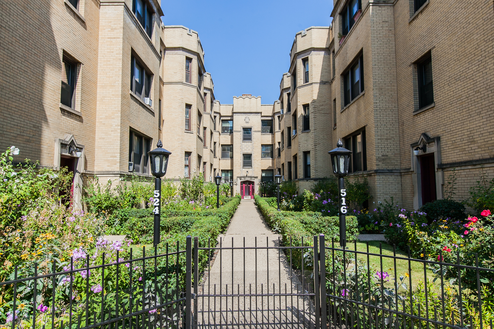 Photo of 524 W Diversey Parkway #2, Chicago, IL 60614