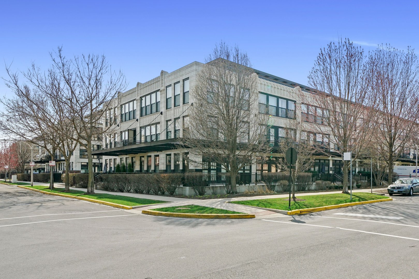 Photo of 1111 W 15TH Street #225, Chicago, IL 60608