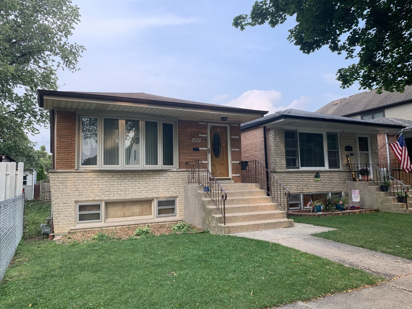 Photo of 10747 S Troy Street, Chicago, IL 60655